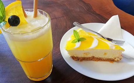 Mandarinkový cheesecake s kávou nebo limonádou
