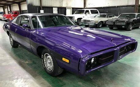 Adrenalinová jízda v Dodge Charger r. 1973