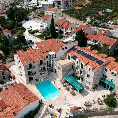 Chorvatsko, Brač: Hotel Ivan