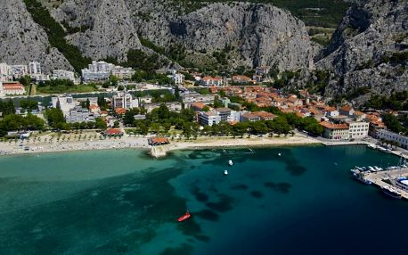 Chorvatsko, Omiš: Hotel Plaža
