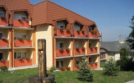 Slovensko, Podhájská, autobusem na 7 dní