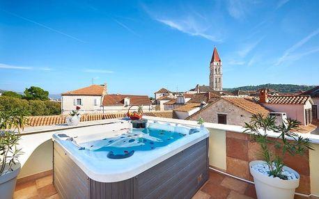 Chorvatsko, Trogir: Palace Derossi