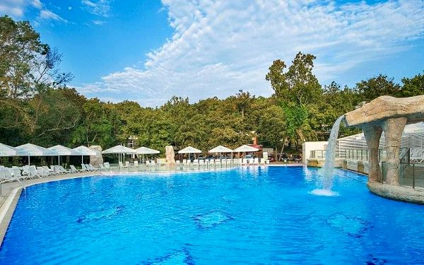 Forest Beach Hotel