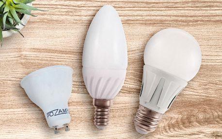 Balení 5 LED žárovek ve studené a teplé bílé