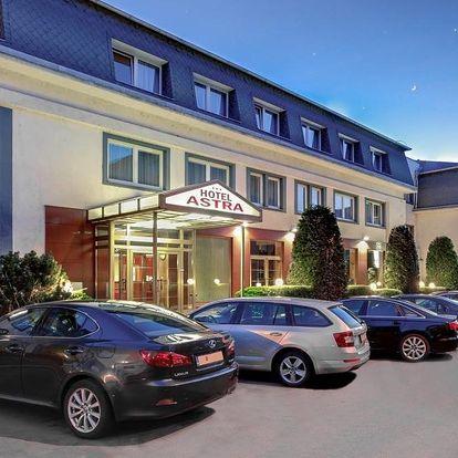 Dovolená v hotelu Astra s venkovní únikovou hrou v Praze