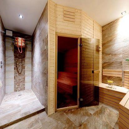 Ubytování na 3 noci se snídaní a privátní wellness (whirlpool+sauna) v Praze