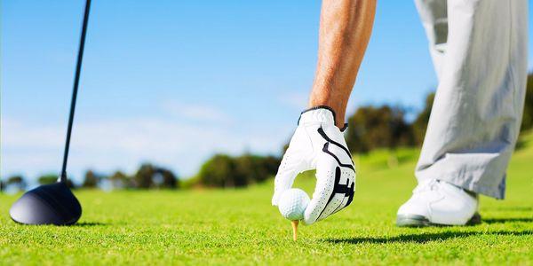 Den golfistou: trénink i opravdová hra s trenérem