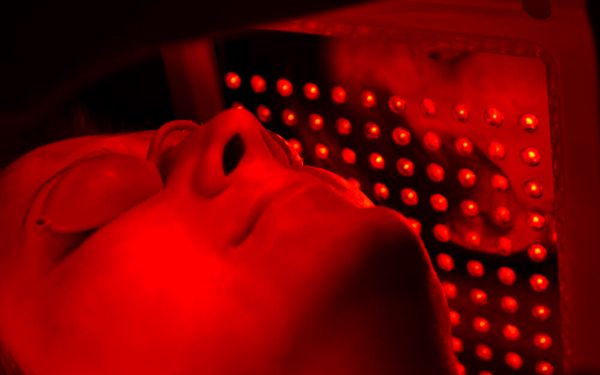Balíček s fotodynamickou terapií 9v12