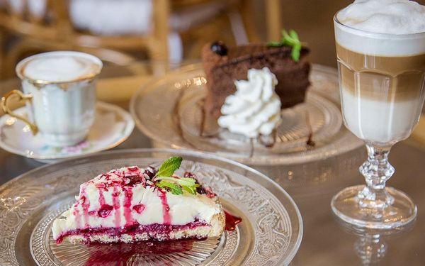 Famózní dort a ledový či teplý nápoj pro dva
