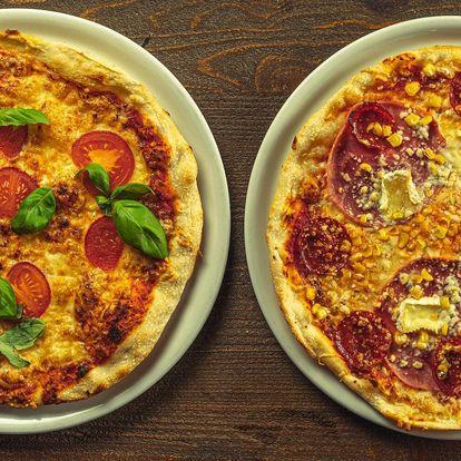 2 nebo 4 pizzy podle výběru i s pivem a rozvozem