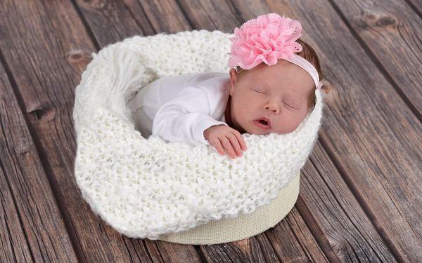 Těhotenské, newborn či rodinné focení v ateliéru (standard)2