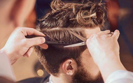 Precizní pánský střih včetně mytí a stylingu