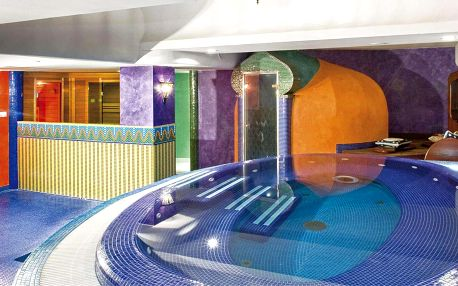 Orientální 4 * hotel s wellness u jezera Hévíz