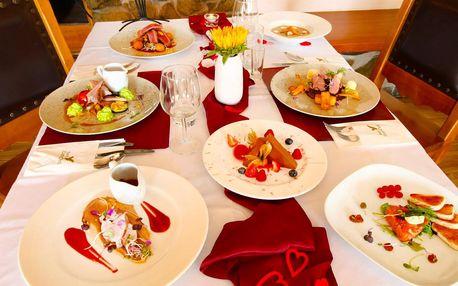 Romantika pro 2 osoby: degustační menu i wellness