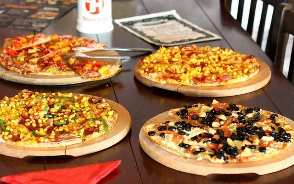 2x pizza podle výběru a 1 hod. bowlingu2