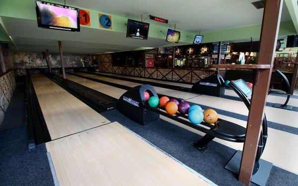 Hodina bowlingu a jumbo pánev křídýlek (2 kg)4