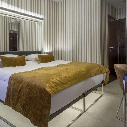 Hotel Clementin **** - nejužší dům v Praze