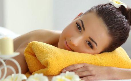 Uvolňující relaxační masáž zad, šíje či plosek