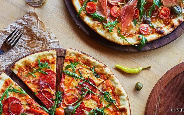 1 nebo 2 pizzy o průměru 40 cm z nabídky