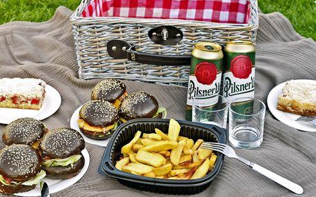 Piknik na Štvanici: burger, salát i prosecco