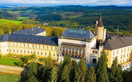 Luxusní zámecká dovolená se snídaněmi v Chateau hotelu Zbiroh*****