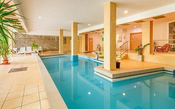 Maďarsko u termálního jezera: Hotel Fit Hévíz *** s neomezeným wellness, bazénem s termální vodou a polopenzí