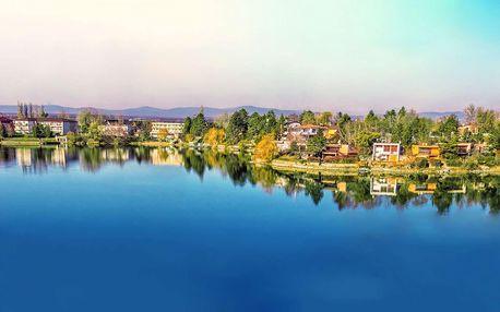 Léto s neomezeným koupáním na Slunečních jezerech