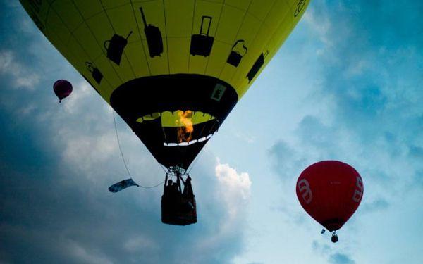 Pobyt na zámku a romantický let balónem ve dvou, Radešín, 2 osoby, 3 dny3