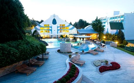 6 denní pobyt pro 2 osoby v 4 * hotelu s polopenzí v Hévízu