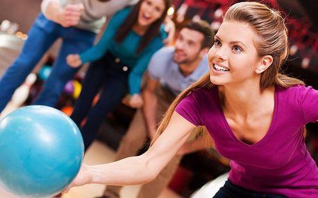 Zábava pro partu: 60 min. bowlingu na profi dráze