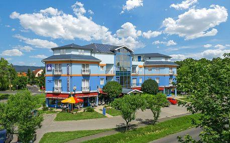 Pobyt 450 m od Balatonu: Kristály Hotel Keszthely *** s bohatým wellness, voucherem na procedury + polopenze