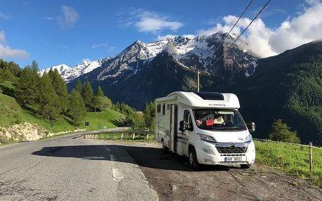 Rakouskými Alpami v moderním karavanu od Anywhere Campers