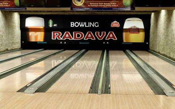 1 hodina bowlingu (do 17.00 hod.)5