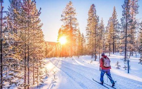 Zima v Krušných horách a blízko Karlových Varů v Pensionu Větrný vrch *** s kávou, zákuskem a snídaní