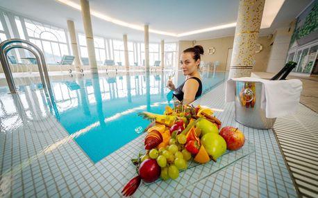 Luxusní pobyt v Mariánkách s bazénem, Římskými lázněmi i romantickou večeří