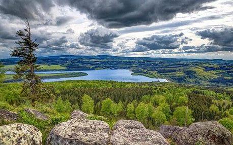 Pobyt v Krušných horách a blízko Karlových Varů v Pensionu Větrný vrch *** s kávou, zákuskem a snídaní