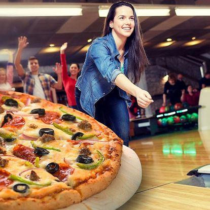 Hodina bowlingu až pro 6 osob a italská pizza
