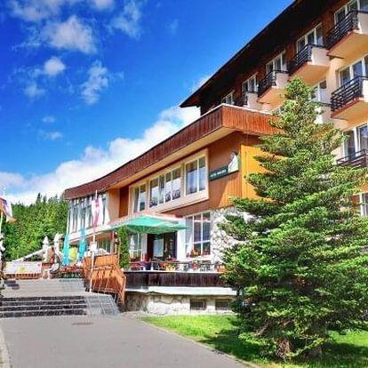 Belianské Tatry v Hotelu Magura s neomezeným wellness, dětským světem, slevami do aquaparků a polopenzí