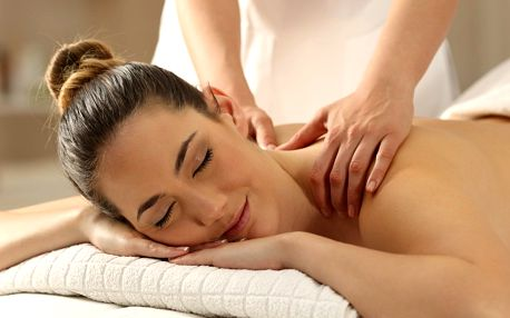 Sportovní masáž zad a šíje v délce 30 minut
