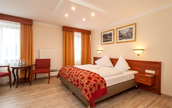 Hotel Beretta, Tyrolsko, vlastní doprava, snídaně v ceně2