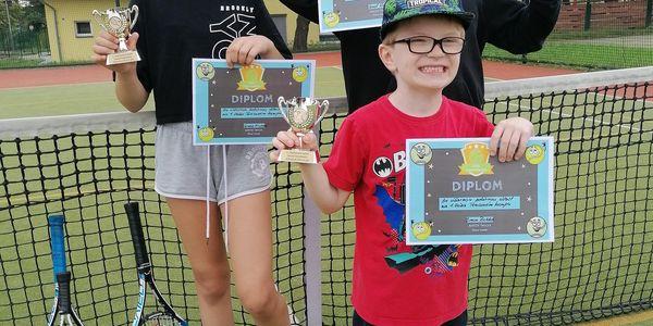 1x hodina tenisu pro dítě nebo dospělého2