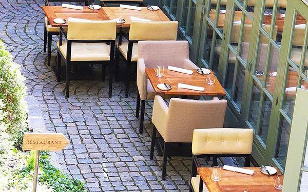 3chodové menu s víny v Grand Cru | Praha | Celoročně. | Záleží na vás.2