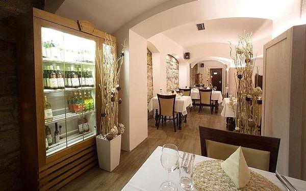 Romantický pobyt v hotelu Gondola | Plzeň | Celoročně (možno čerpat ve dnech pátek - pondělí). | 3 dny/ 2 noci.3