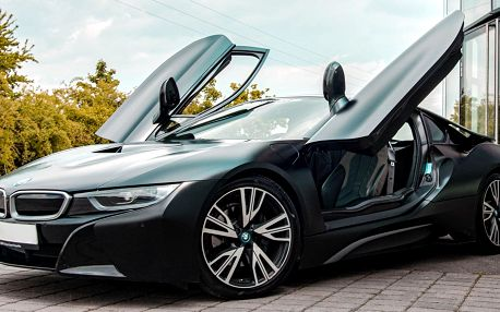 Jízda v BMW i8 Frozen Black Edition v Šenově