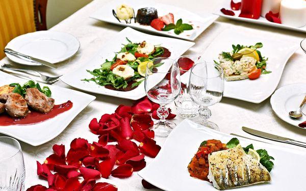 Romantická večeře pro dva v hotelu General*****