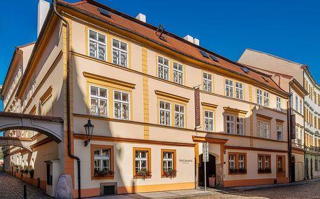 Pobyt na Starém Městě v Praze se snídaní a plavbou