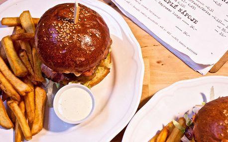 Hovězí burger, hranolky a omáčka: výběr z 8 druhů