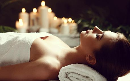 Asijské pohlazení: Blahodárná hodinová masáž