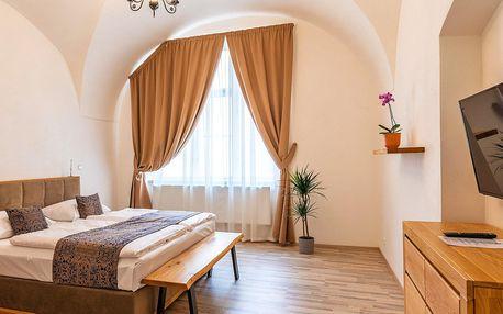 Pobyt v Praze: 4* apartmány hned u Karlova mostu