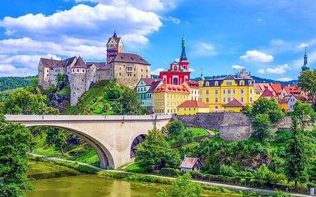Loket u Karlových Varů v centru města a s výhledem na hrad ve 4* Pensionu Masonic House + vstupenky do muzeí